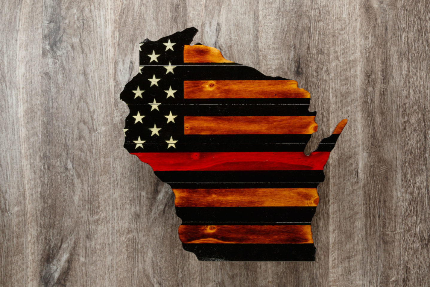 Red line Wisconsin wooden American flag wall art
