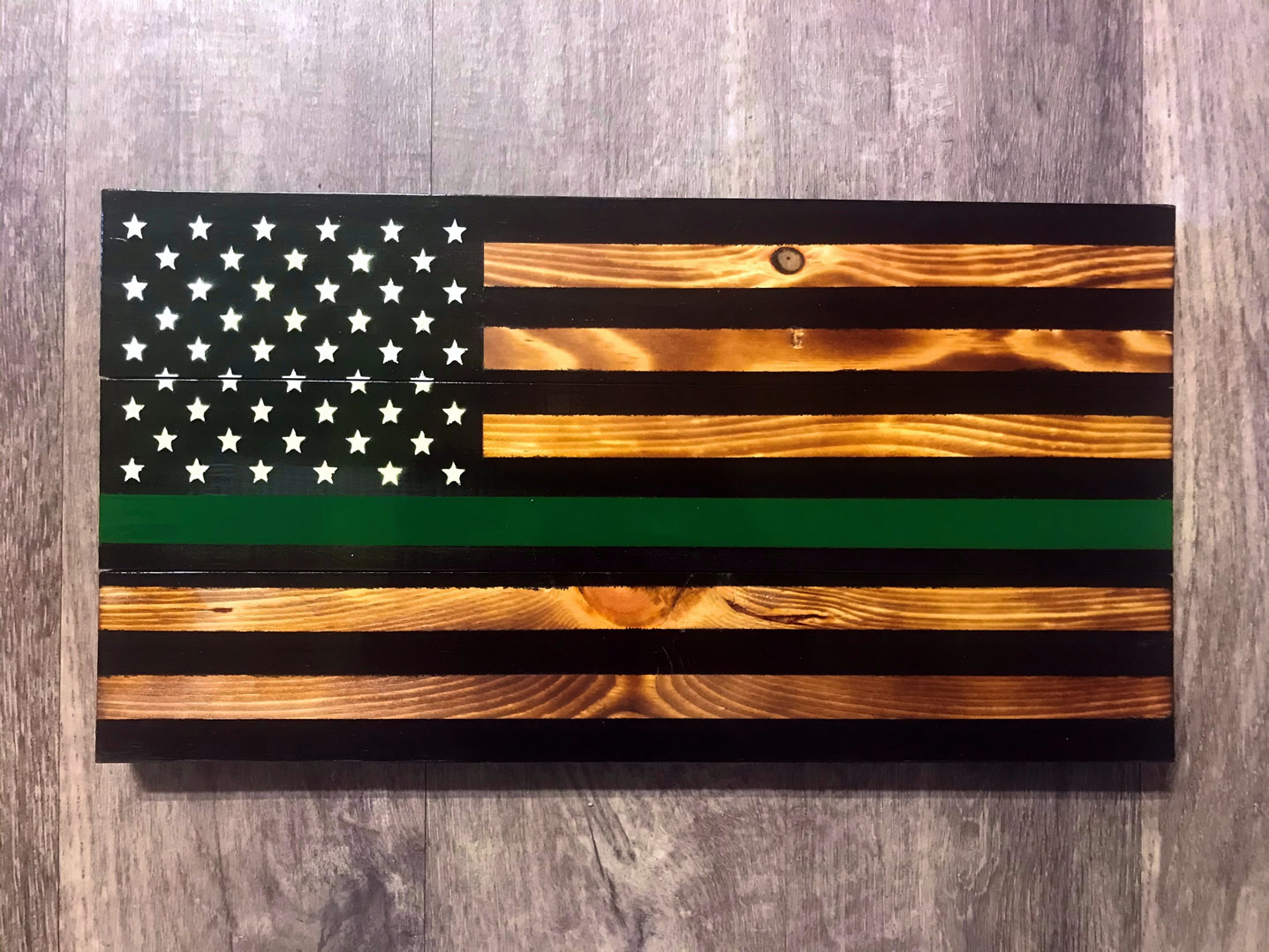 Green line wooden American flag wall art